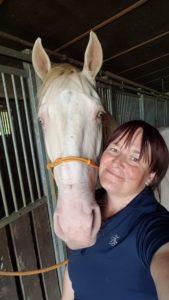 Traumatisiertes Pferd, schreckhaftes pferd ängstliches pferd